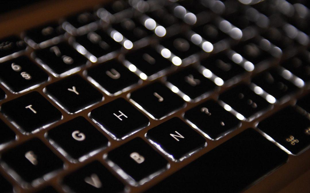 Cybersexisme: passons des paroles aux actes!