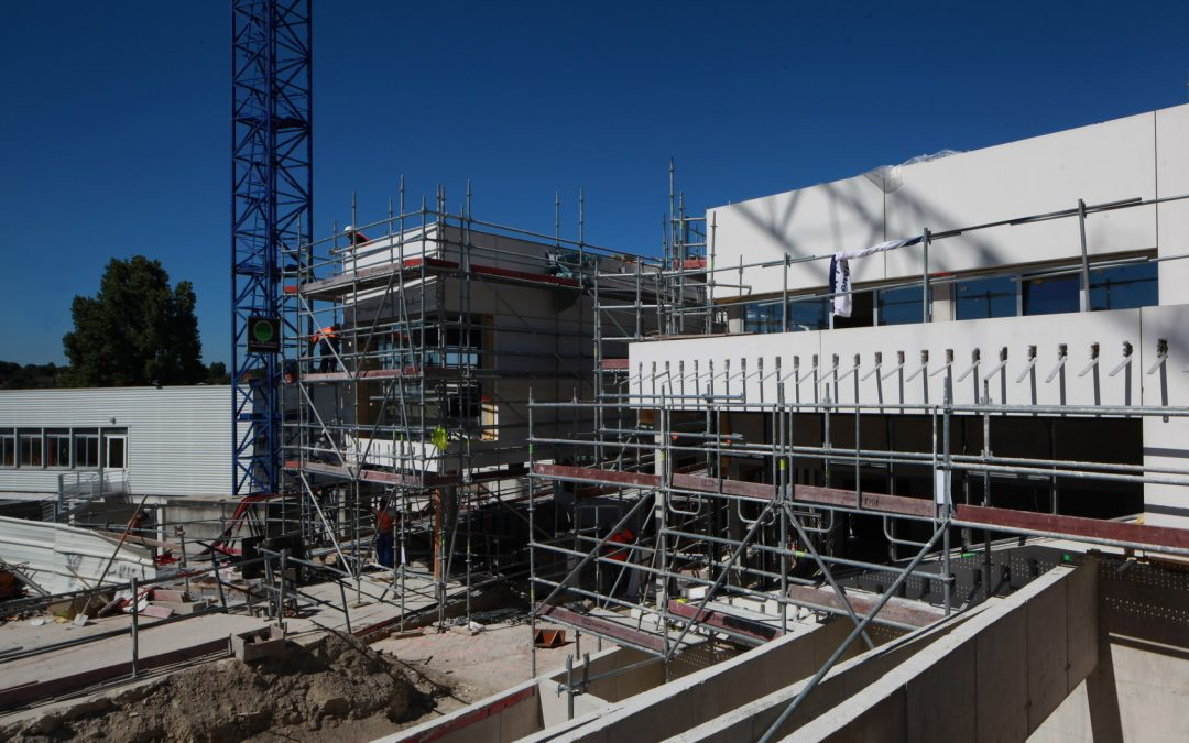Construction de lycées : Pécresse doit investir dans les quartiers populaires et ne pas recourir aux PPP !