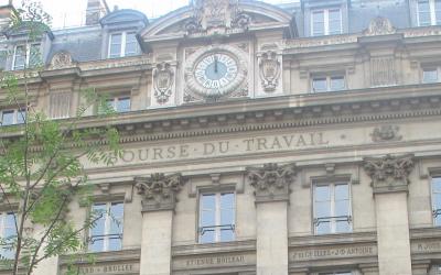 Fermeture la bourse du travail de Saint-Ouen :  Grande braderie sociale de W. Delannoy  au profit des promoteurs