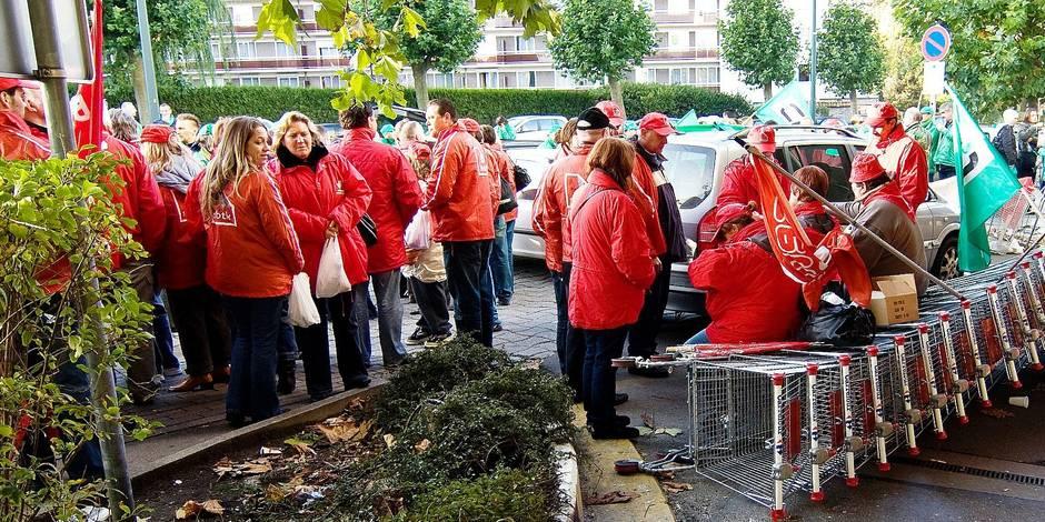 Aux côtés des salariés de Carrefour contre les licenciements!