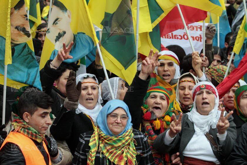 Pour un soutien actif de la Région Ile-de-France et de l'État français au peuple kurde !